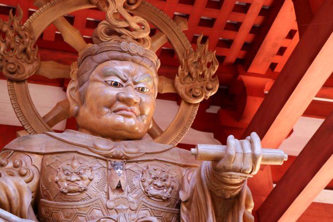 大門の像1